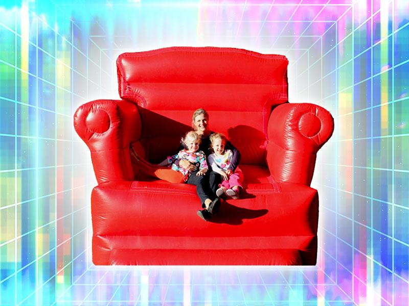 Giant Chair Gag Photos