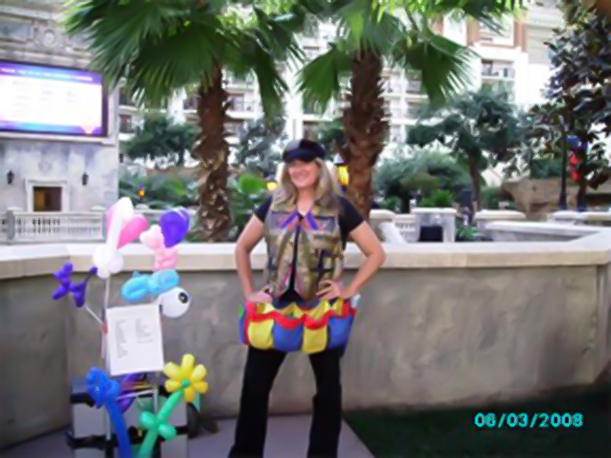 Rent a Balloon Artist for your event